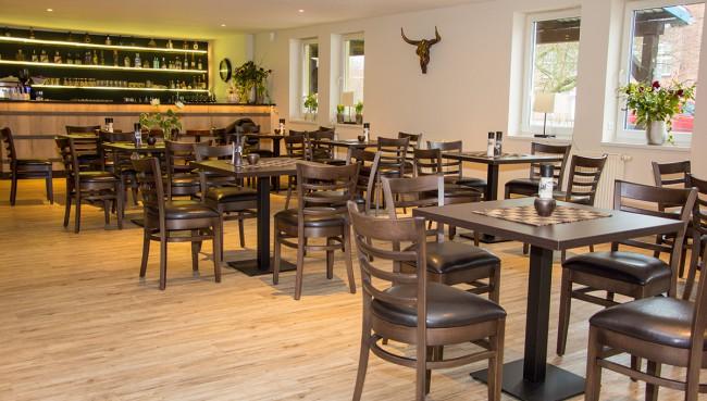 wollenberg restaurant bietet besonderes piste neubrandenburg. Black Bedroom Furniture Sets. Home Design Ideas